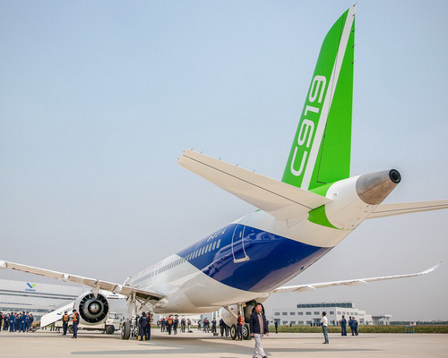 Tinuku.com COMAC C919 made in China soon shake dominance of Boeing and Airbus