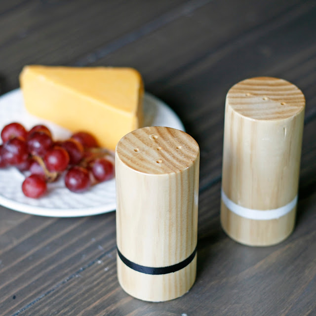 Wooden salt and pepper shaker tutorial