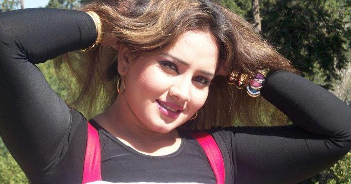 Nadia Gul Six: Pashto Actress Nadia Gul Facebook Profile ID
