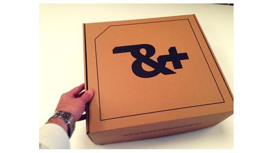 cajas de carton a medida, cajas para ropa, calzado y complementos.