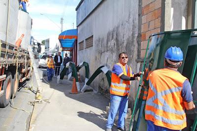 Prefeitura de Registro-SP instala mais 11 abrigos de passageiros