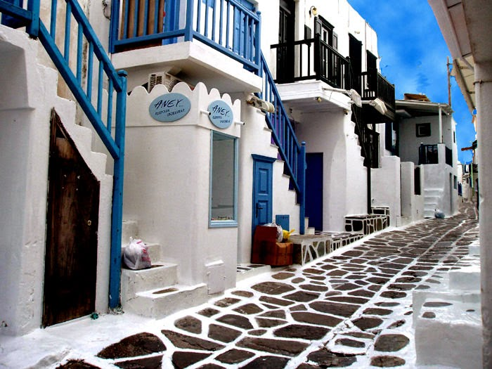 1. Mykonos Island, Hellas - 29 Most Romantic Alleys to Hike