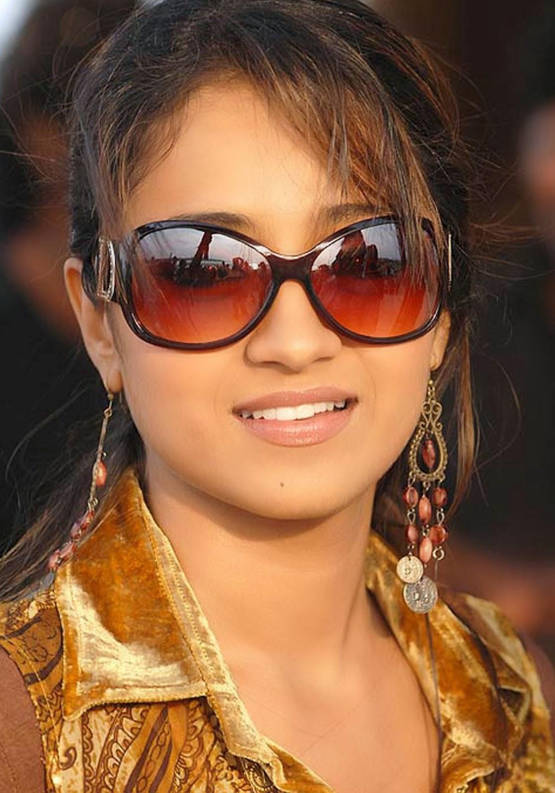 Unseen Girl Wallpaper Star Hd Photos Indian Talent Amp Crazy Trisha Krishnan