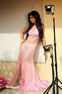 Mouni Roy WOW