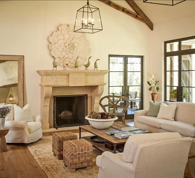lovely deco une maison avec une magnifique hauteur sous. Black Bedroom Furniture Sets. Home Design Ideas