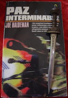 Portada del libro Paz interminable, de Joe Haldeman