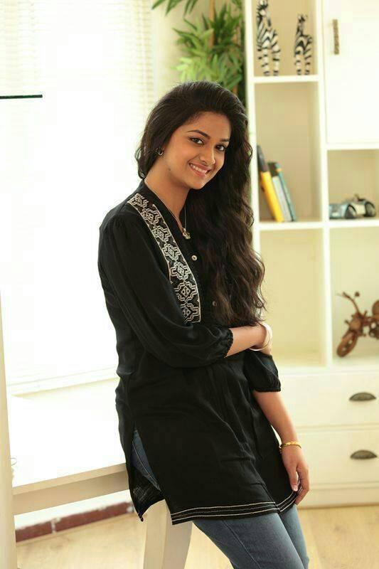 Tollywood Actress Keerthi Suresh Stills In Black Dress