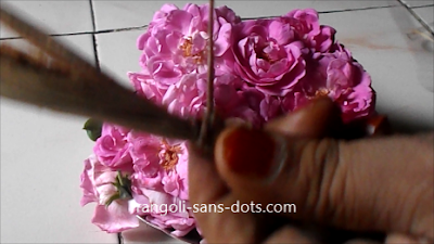 Rose-flower-garland-making-1ab.jpg