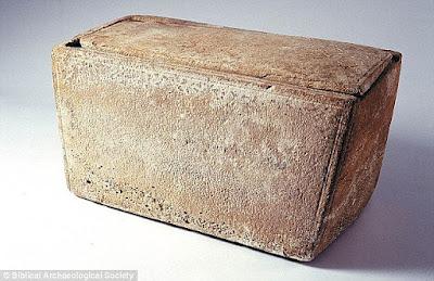 Những khám phá từ mộ cổ của chúa Jesus