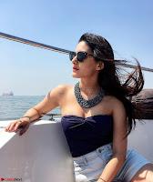 Amyra Dastur Cute Innocnet Beauty pics 005.jpg