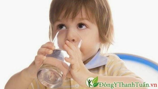 5 Cách chữa viêm mũi dị ứng ở trẻ, mẹ cần biết.