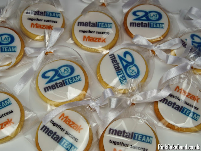 logo cookies london