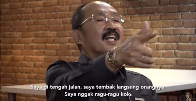 "[Video] Ancaman Pengacara Setnov ""Ketemu di Jalan, Saya Tembak!"", Tuai Kecaman Netizen"