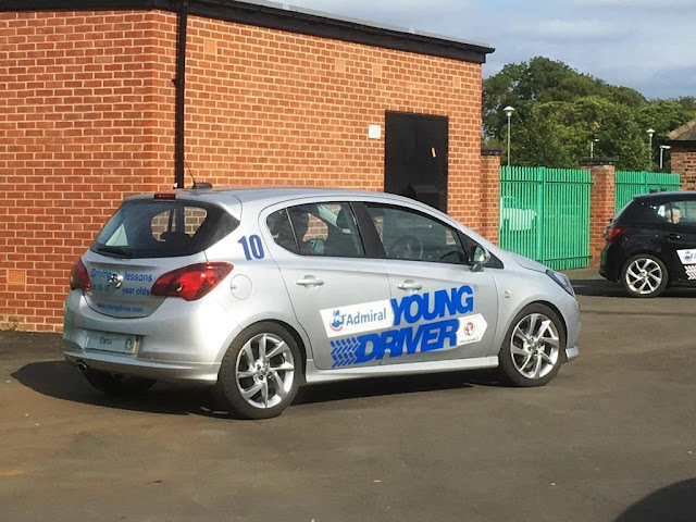 Keeping Young Drivers Safe – Driving Lessons for Under 17s with Young Driver