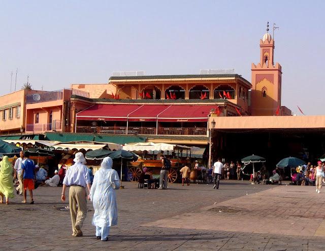 Jemaa El Fna w Marrakeszu restauracja