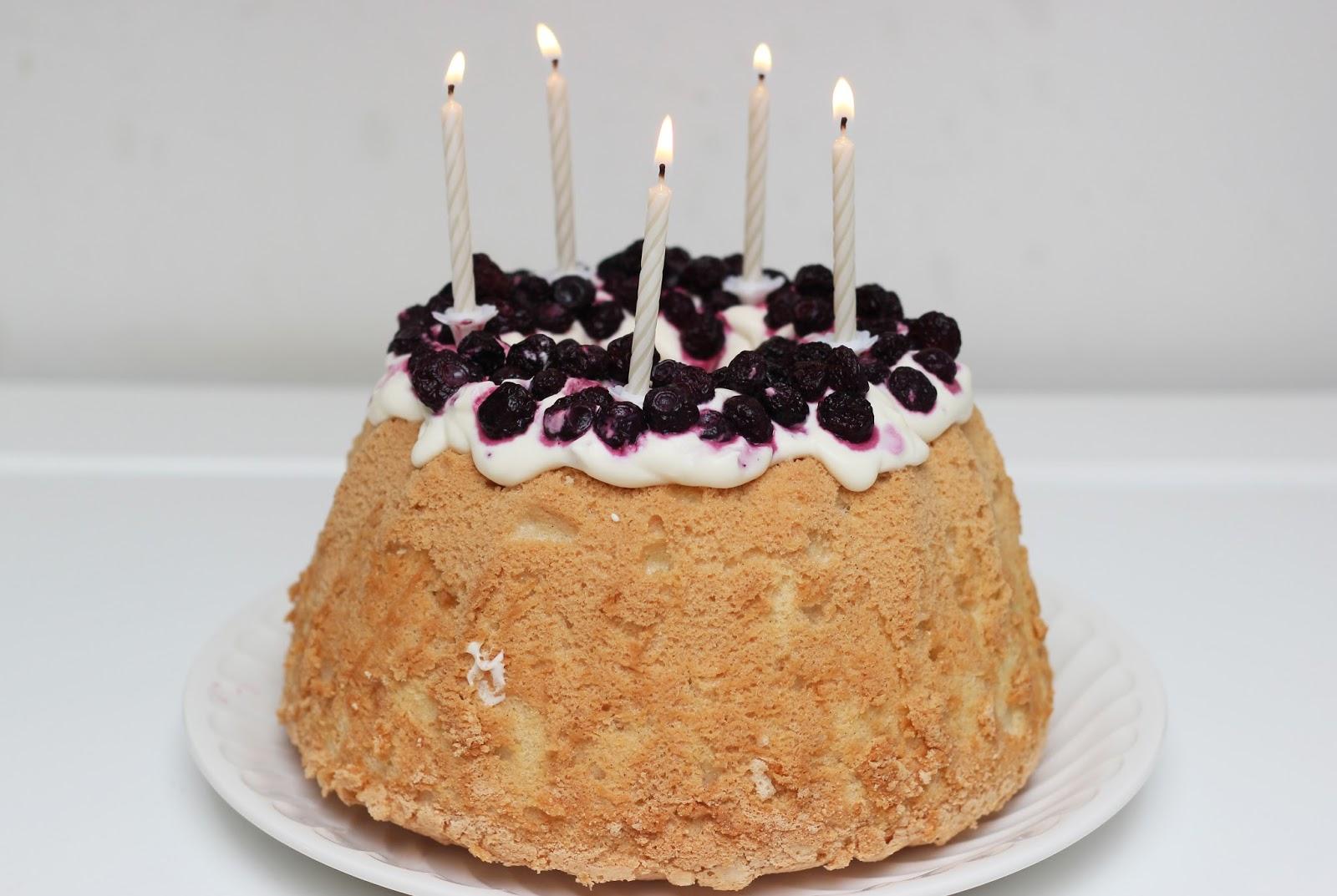 http://carnet-sucre.blogspot.com/2016/04/angel-cake.html