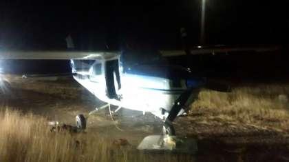 SONORA-IGUALA; Aseguran avioneta con 217 kilo de cocaín y rifles AK-47