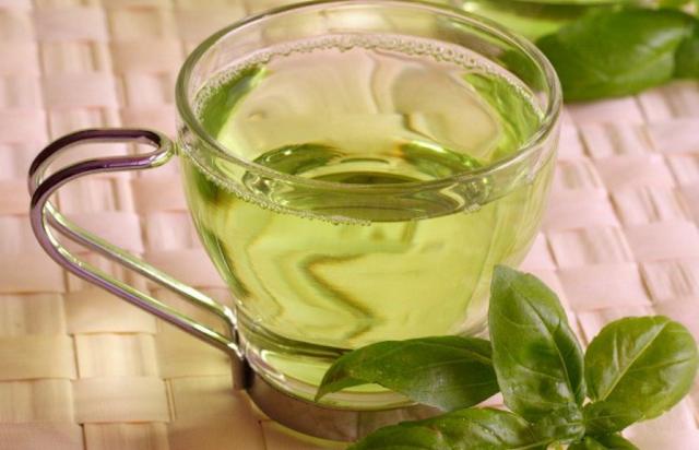 Konsumsi minuman yang bermanfaat mengurangi perut buncit