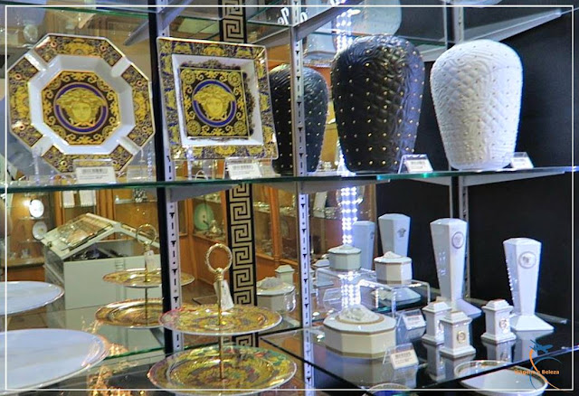 Terceiro andar da Monalisa: cristais e objetos de decoração para casa