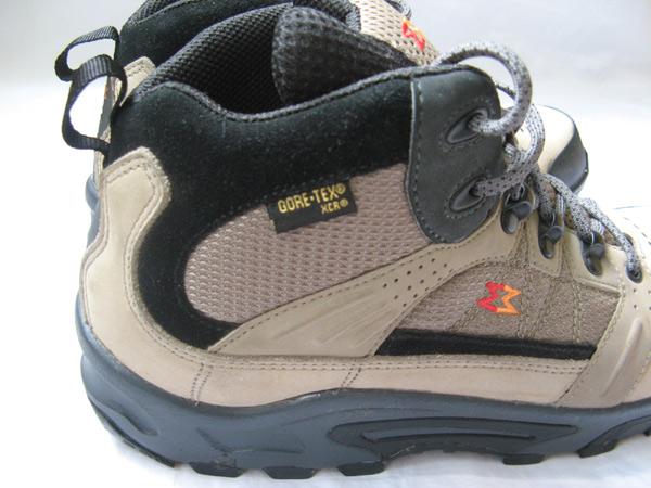 Mens Hiking Merrell Garmont Vibram Goretex 9 5