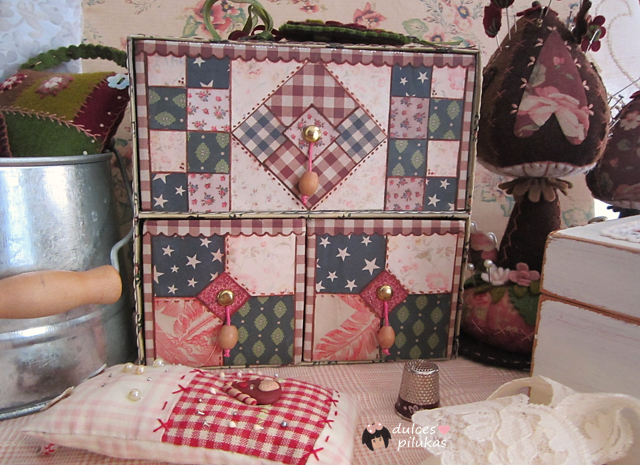 Cajonera forrada decoración patchwork