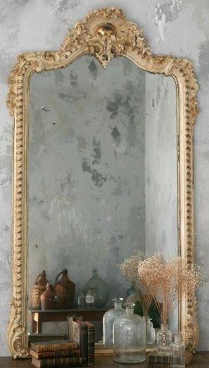 Molduras Provençais na Decoração