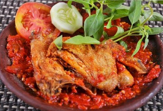 Resep Ayam Penyet Surabaya Dengan Sambal Super Pedas
