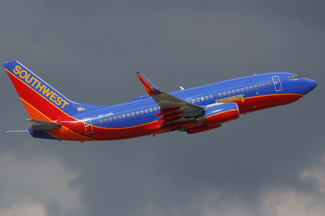 Southwest Airlines Boeing 737-700 Climbing Phase