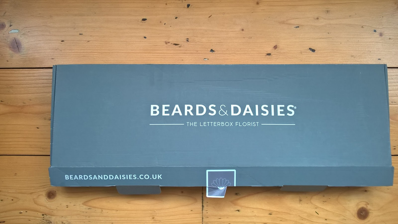 Beards & Daisies - The Letterbox Florist - flower box - motherdistracted.co.uk