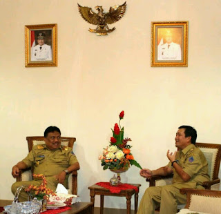 Gubernur Sulut, Olly Dondokambey dan Wagub, Steven Kandouw.