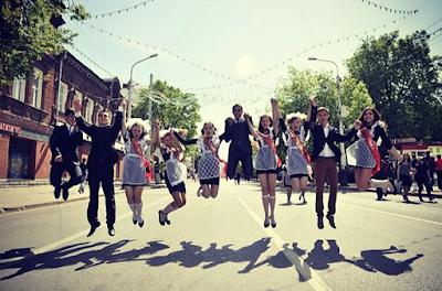 Tradisi Kelulusan Sekolah Paling Unik di Dunia