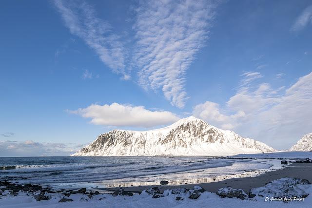 Invierno en Noruega Ártica - Playas de las Islas Lofoten por El Guisante Verde Project