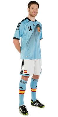 episodio Saga temperamento  canalfútbol Blog: Camiseta Suplente Adidas de España para la Euro 2012