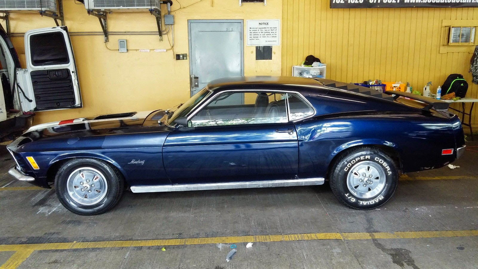 Although they share 99 of their parts the 1970 mustang is easily distinguishable from the 1969 model by the 2 headlight and funky tri bar turn signal