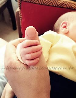 É normal ficar triste depois que o bebê nasce?