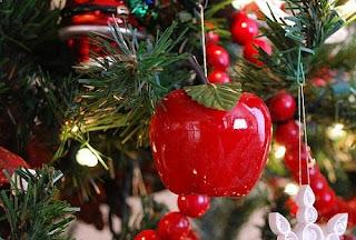 Merele din bradul de Crăciun: Simbol și semnificație