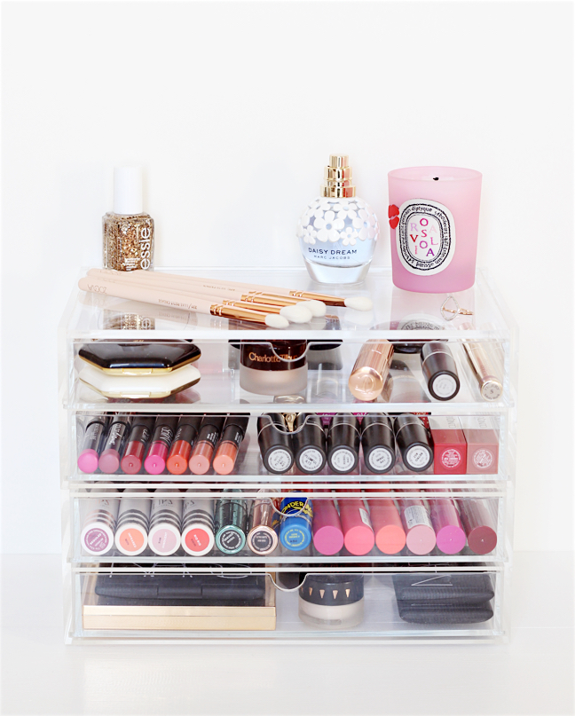 pretty make up storage