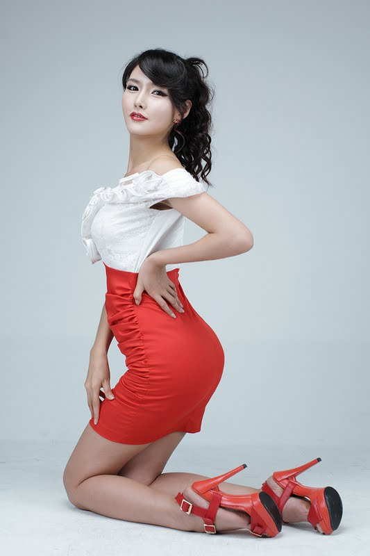Cha Sun Hwa White And Red Zinglovefashion