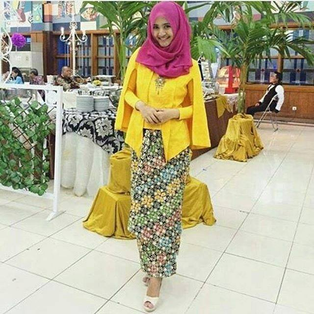 Kumpulan Gambar Model Baju Kebaya Batik Gaun Pesta Modern