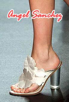 Trend model sepatu wanita terbaru 2016