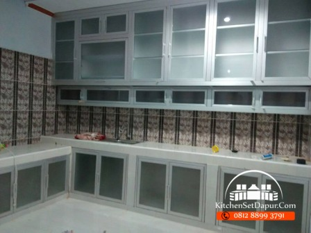 Jasa Pembuatan Kitchen Set Aluminium Jombang 2016