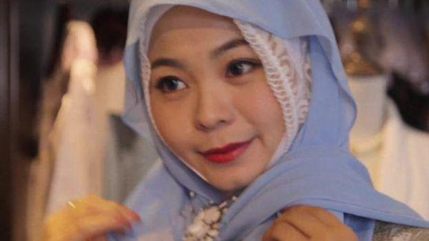 Astaghfirullah,Berhijab di China, Muslimah Ini Dikatai Gila