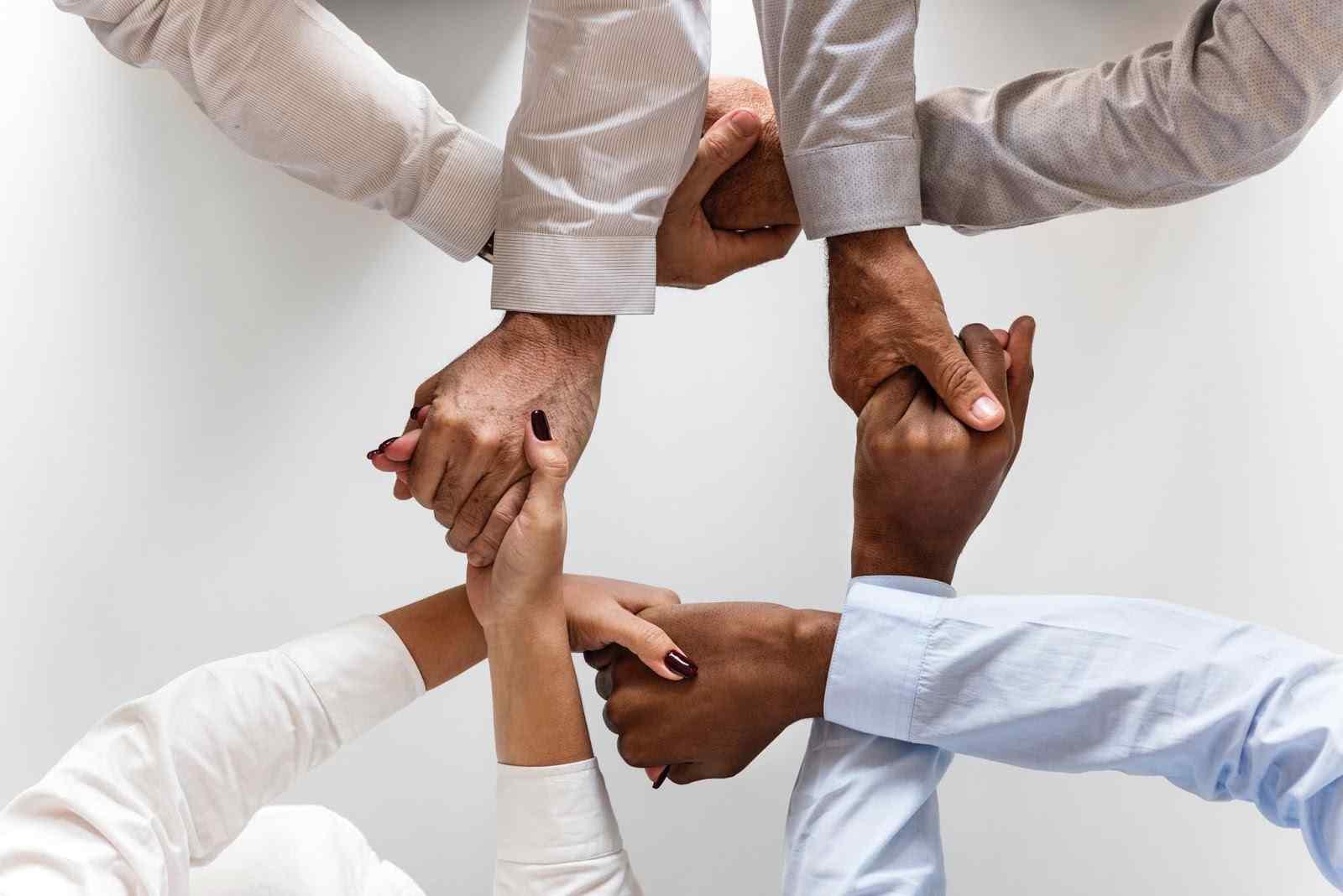 التعاون,تعاون,قصص اطفال,حكايات,أطفال,قيمة التعاون,قيمة,تعليمية,كرتون,في التعاون بركة,فيلم عن التعاون,قصص للأطفال,فيديو عن التعاون,معني التعاون,علم اولادك قيمة التعاون,رياض اطفال,مقطع عن التعاون,اثر التعاون,القيم الاسلامية,قيم اسلامية.
