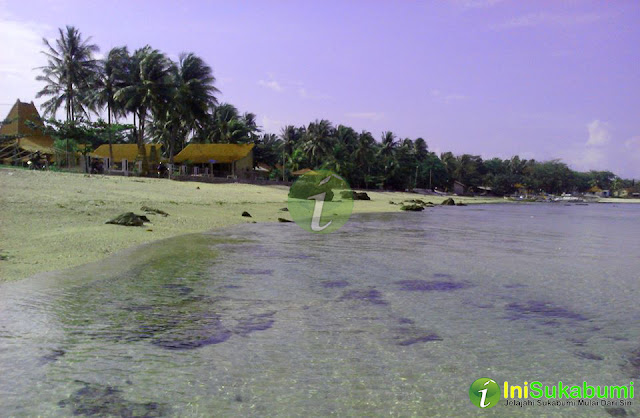 Pantai Ujung Genteng Sukabumi