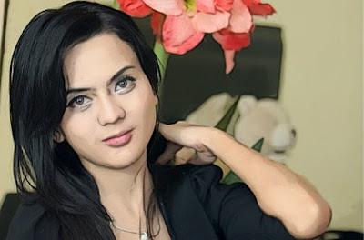 Anggita Sari Hot Pic