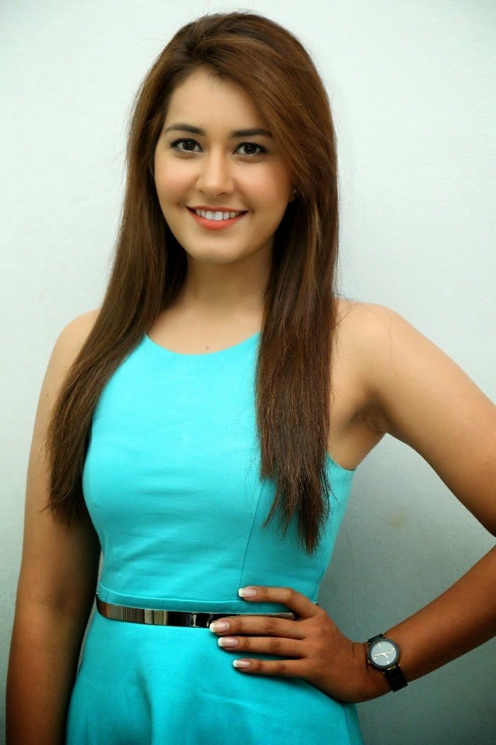 Tollywood Actress Rashi Khanna Beautiful Stills From Jill Movie