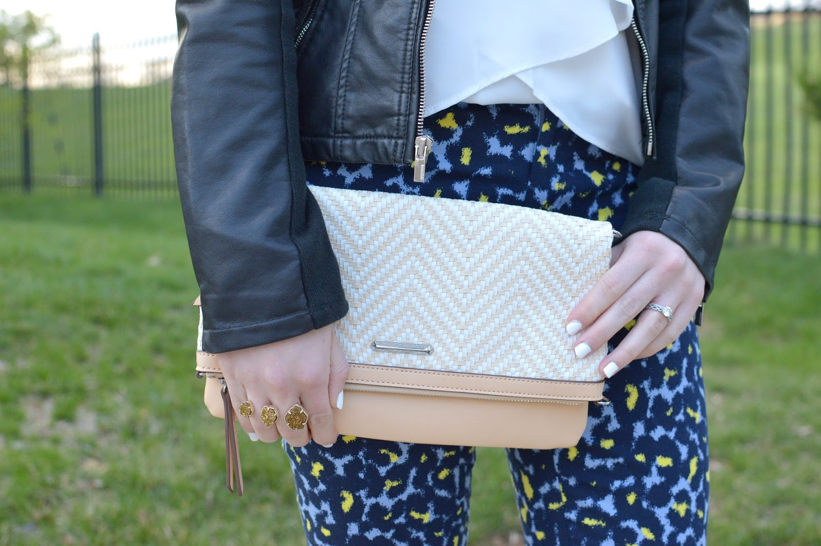 stella and dot woven clutch review