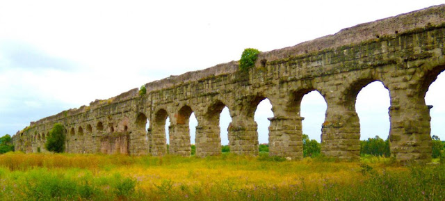 Acueducto y Derecho romano