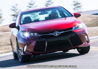 2016 Toyota Camry XSE V6 Hybrid Review Exterior Design