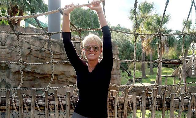 Canal X mostra linda cobertura da recente passagem de Xuxa por Orlando